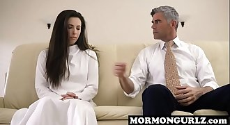 Enslaved mormongurl has to please her master